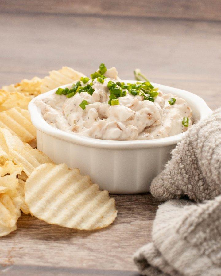 gluten-vegan-french-onion-dip-recipe