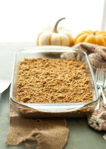 vegan-pumpkin-baked-oatmeal-in-a-pan