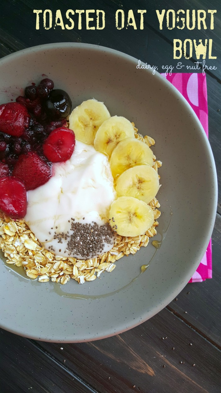 Don't settle for just a bowl of yogurt when you can make this filling toasted oat yogurt bowl.