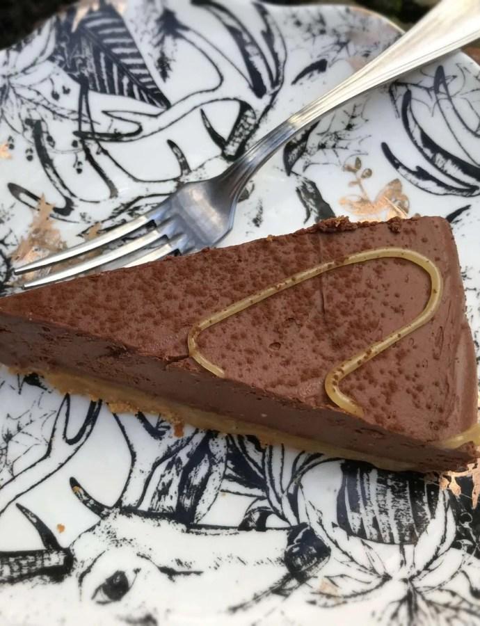 Vegan Chocolate Mousse Cake