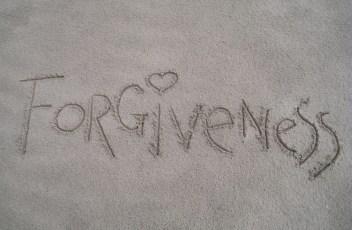 forgiveness-1767432_1920 (1)