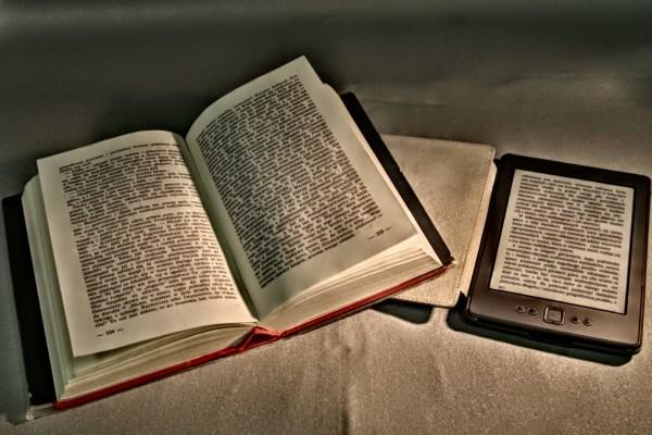 Was ist besser Tolino Vision oder Kindle Paperwhite