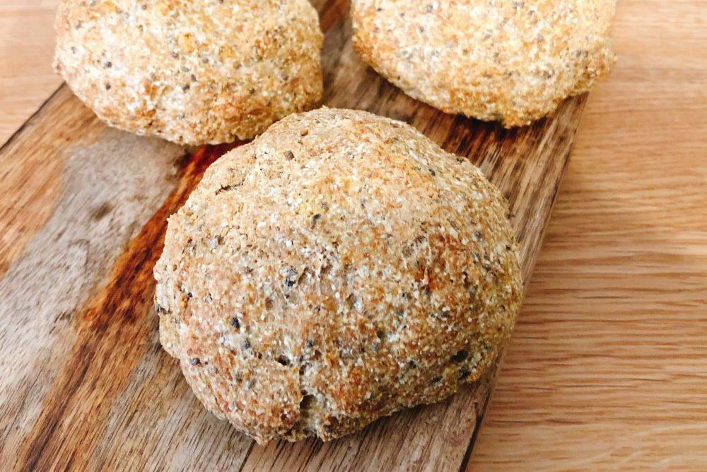 Low Carb Brötchen mit Leinmehl und Kokosmehl