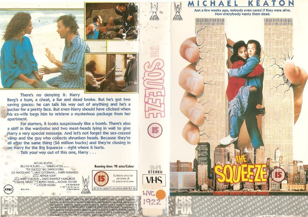 1987 - VHS-Cover des Hollywoodstreifens The Squeeze mit Michael Keaton.
