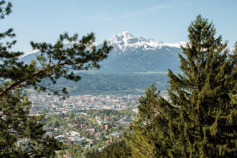 Haus Cäcilia Innsbruck   Blick Richtung Innsbruck