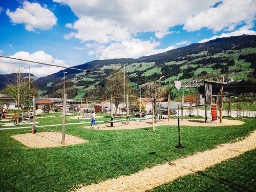 Spielplatz Fügen beim Tennisplatz Xanders Tenniscafe