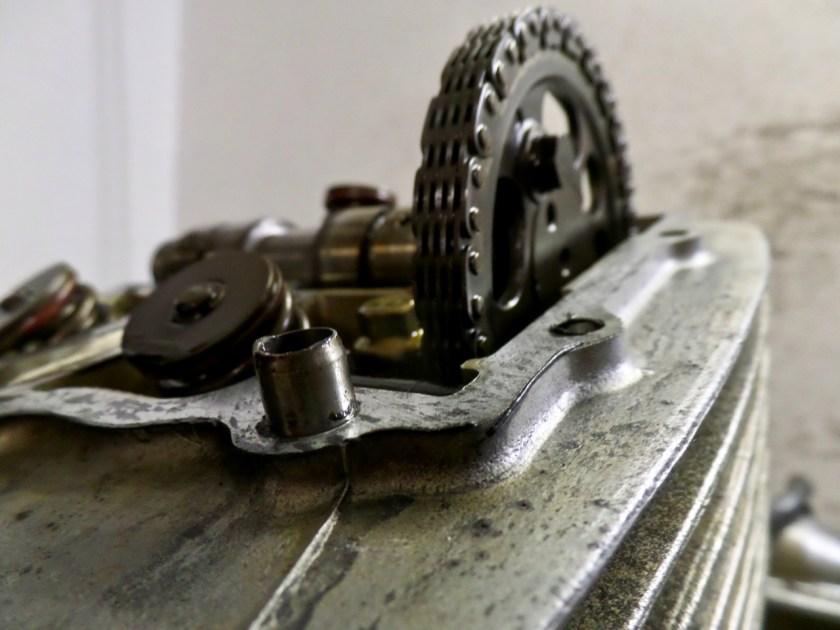 Sleutelen aan motorfietsen