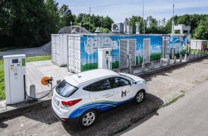 Proefrittendag met waterstofauto's @ Automotive Campus   Helmond   Noord-Brabant   Nederland