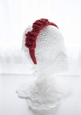 Diadema lazo de crochet tejida a mano.