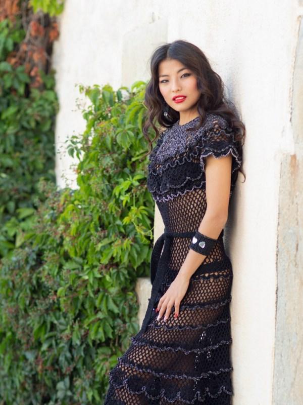 Vestido Hada Marcelli es una joya tejida en algodon y lurex. Glamour y suavidad que aportan las mezclas de hilos, resalta su belleza y comodidad.