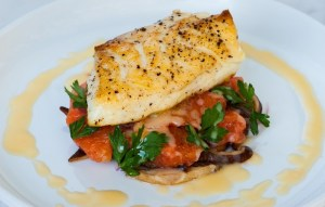 Halibut-with-grapefruitred-onionsand-shiitake-mushrooms-700x445