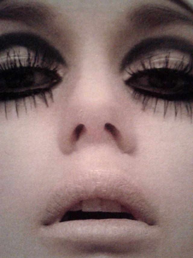 edie_sedgwick_eyeliners_style_alleygirl