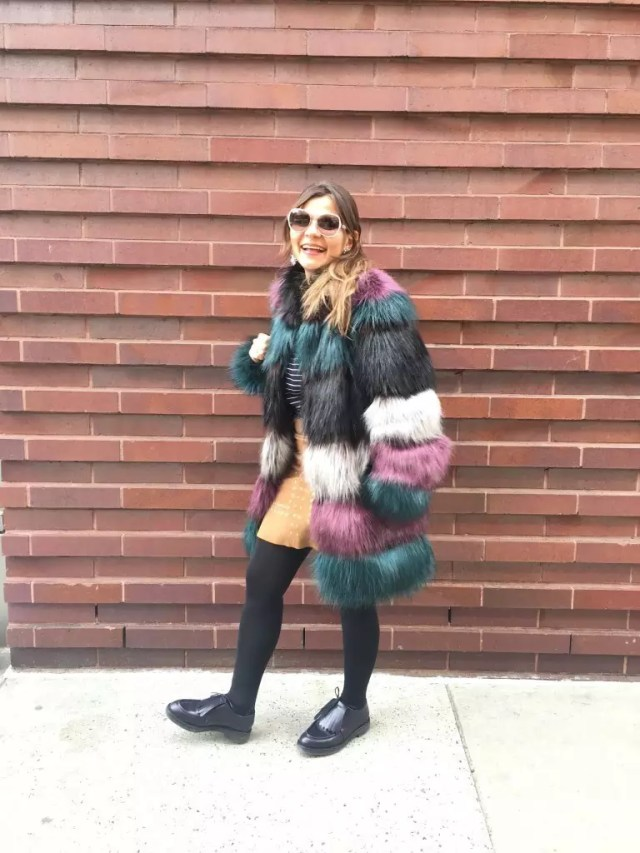 color fur jacket street style9