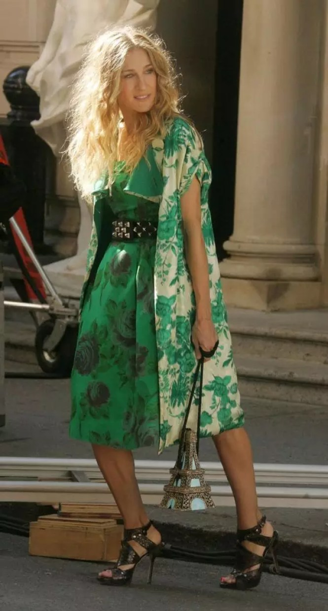 carrie bradshaw green dress
