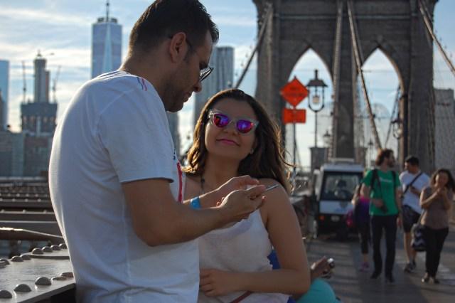 new_york_guide_brooklyn_dumbo_alley_girl8
