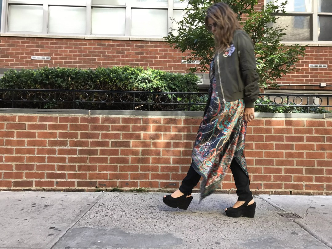 dress-over-pants_alley-girl-new-york-fashion-blogger-betul-yildiz-3
