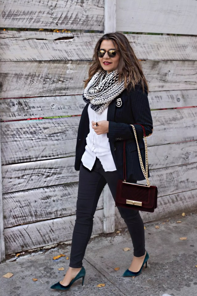 blogger-looks-with-pumps-and-jeans