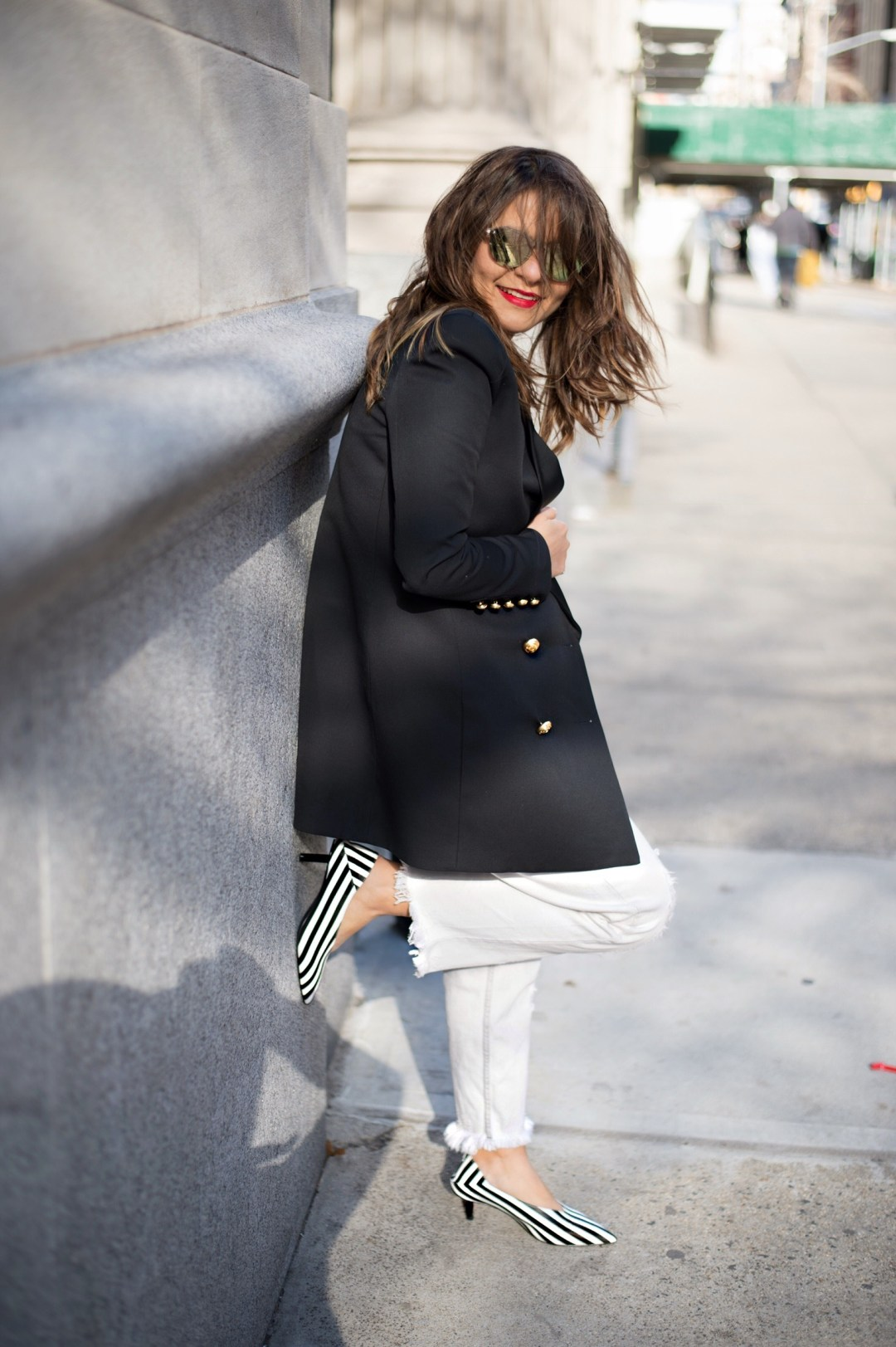new-york-street-style-balmain-blazer-boyfriend-jeans