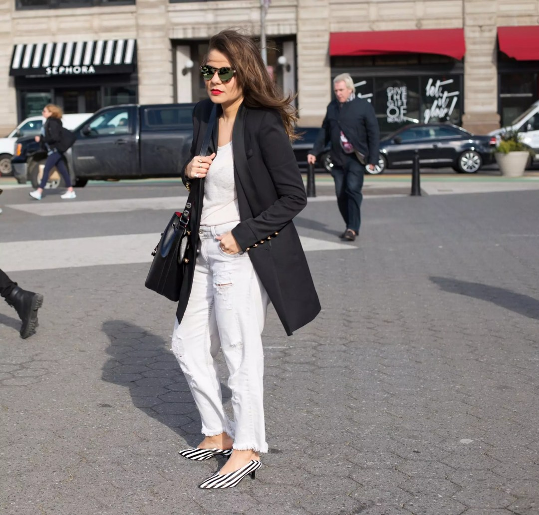 new-york-street-style-blazer-ripped-jeans