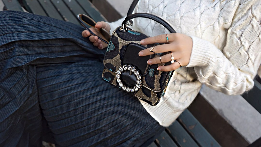 maxi-skirt-scarf-bryant-park-7