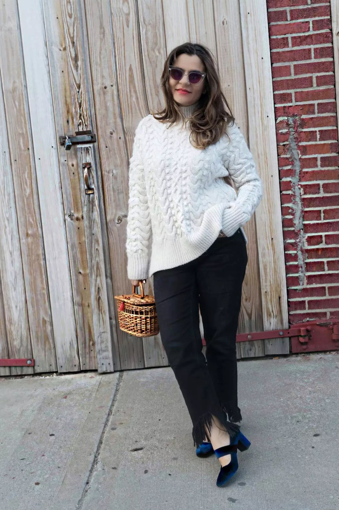 straw-bag-velvet-mary-jane-shoes-oversized-sweater-alley-girl-fashion-technology-blogger