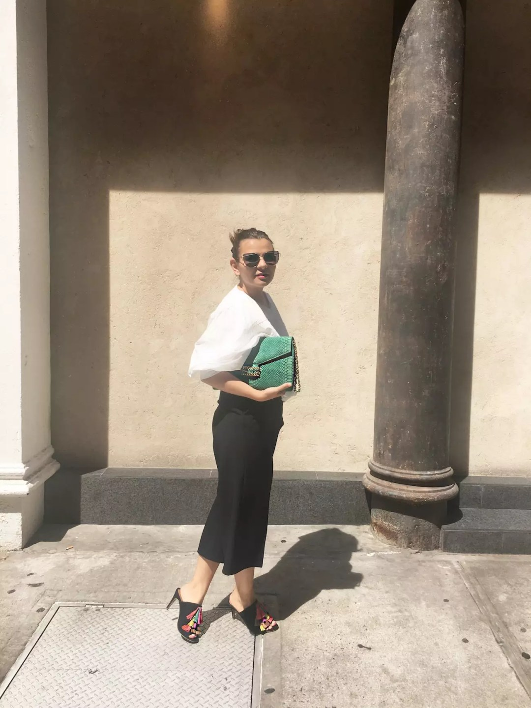 spring-culottes-style-with-fringe-sandals-alley-girl-new-york-blogger-4