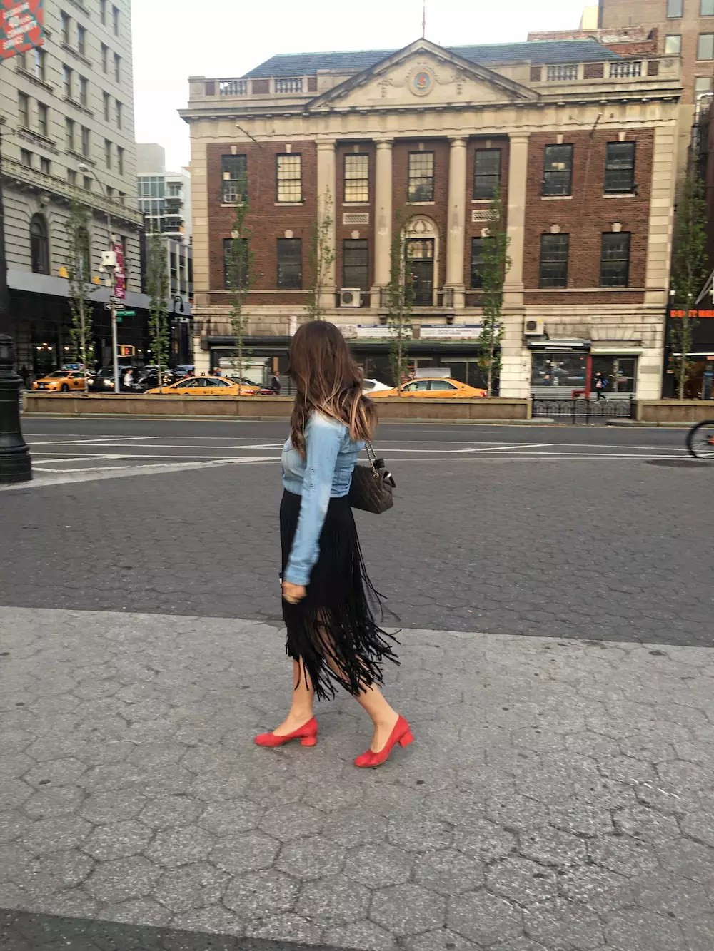 fringe-skirts-red-shoes-and-denim-shirt-alley-girl-new-york-fashion-blogger-2