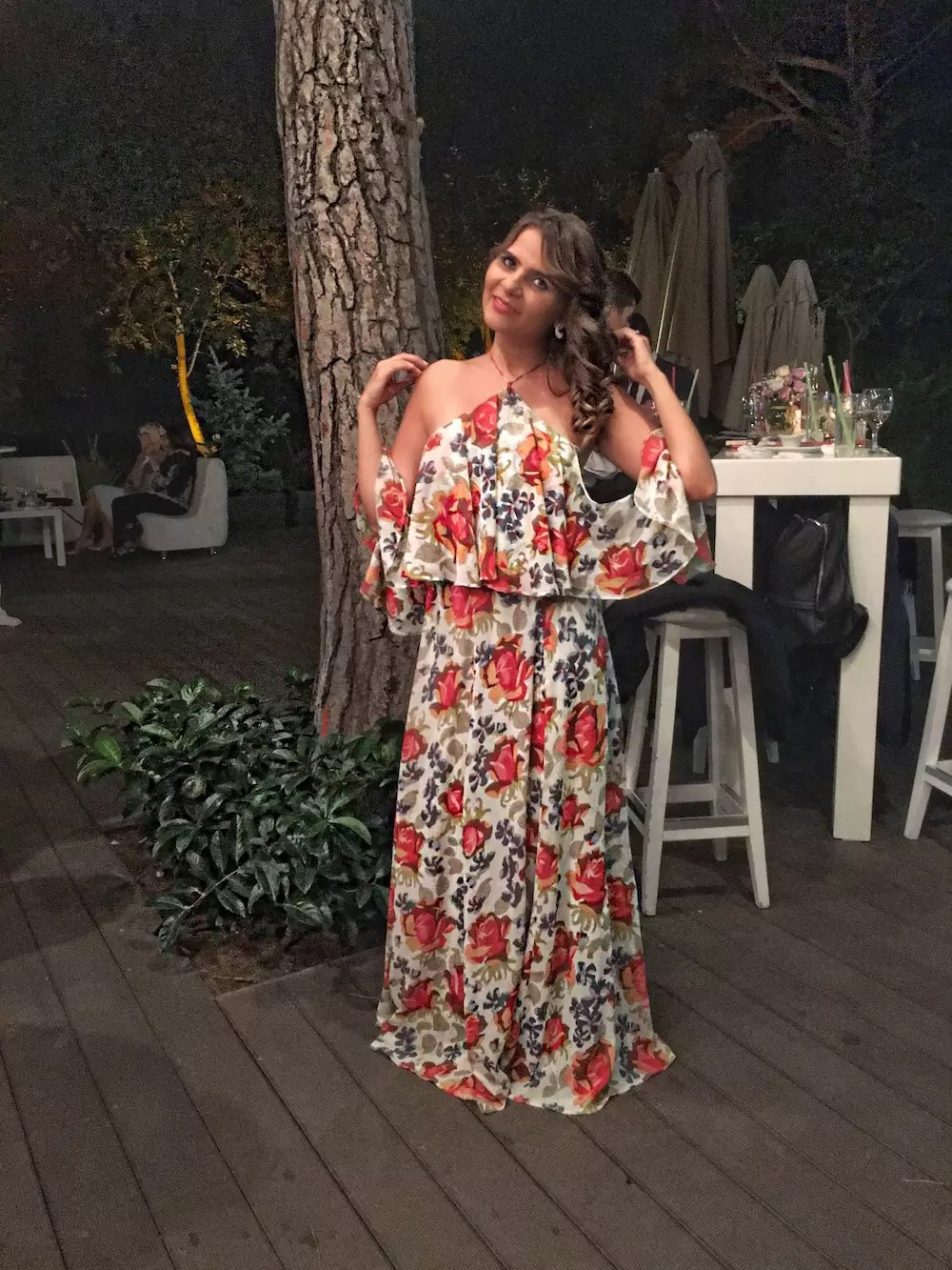 floral-maxi-dress-for-summer-wedding