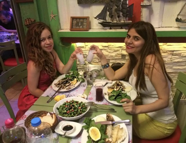 what-to-do-in-istanbul-alley-girl-fashion-tech-travel-blog-raki-balik