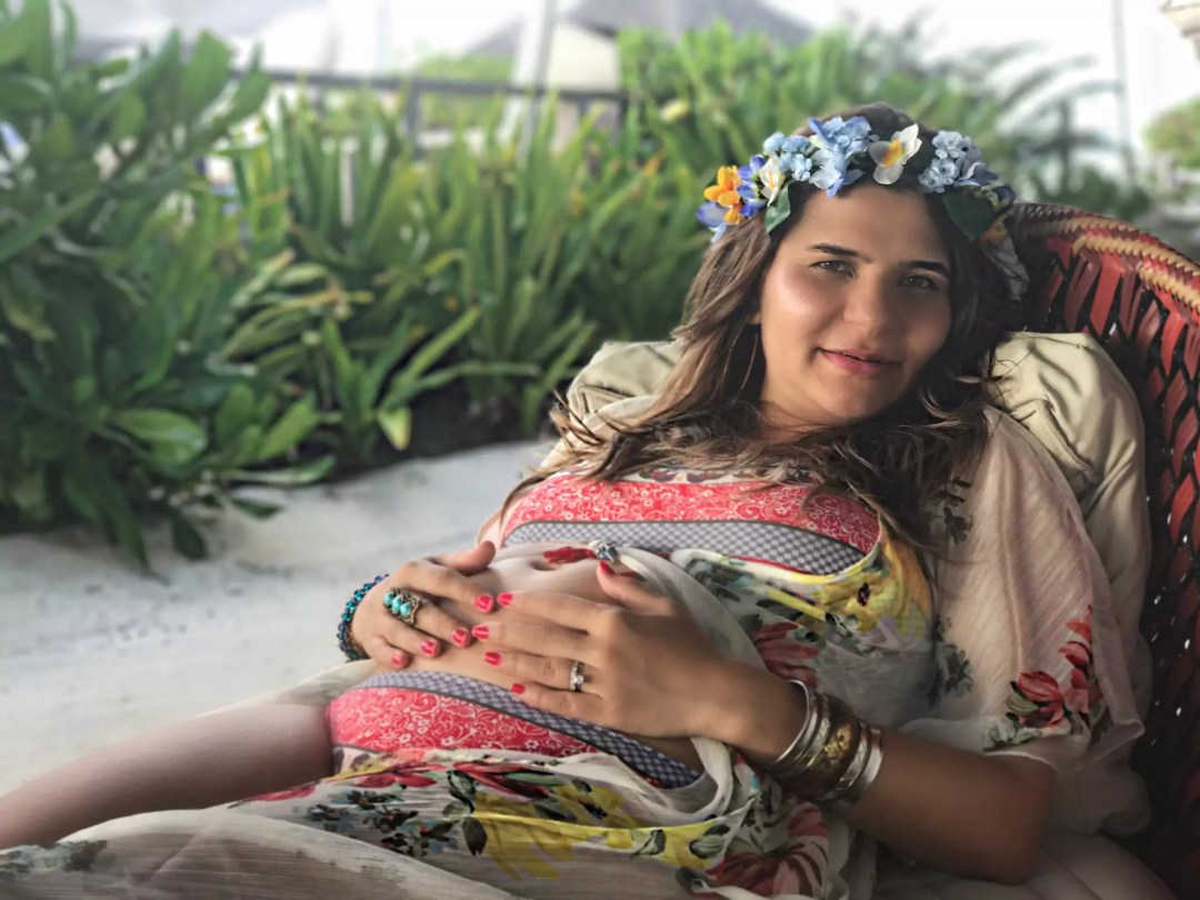 the-most-beautiful-my-baby-bump-photos-alley-girl-fashion-new-york-maldives