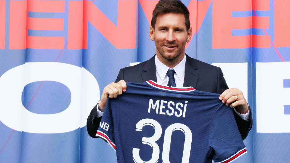 How much did Messi cost PSG