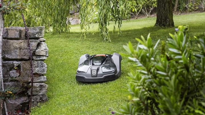 Lawn Automaton: Husqvarna Automower