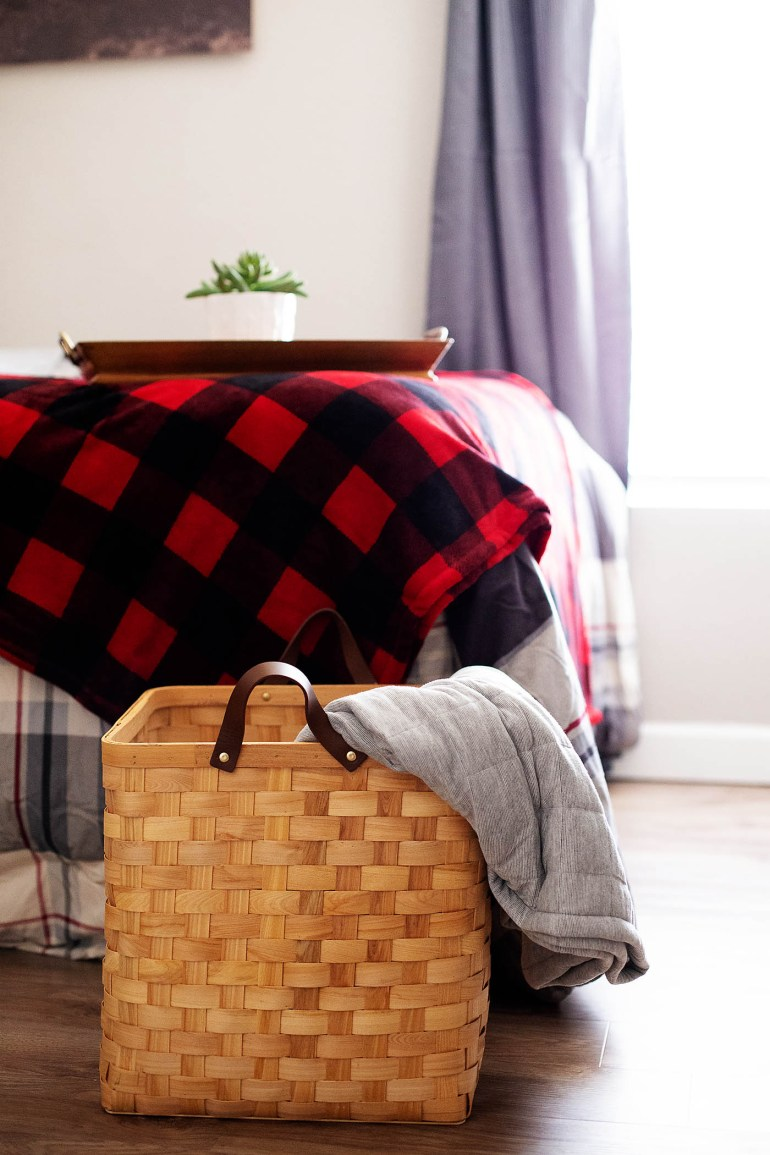 How to Prep a Small Room for Holiday Guests