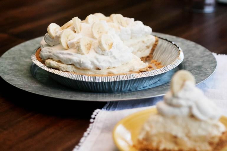 Easy gluten-free banana cream pie