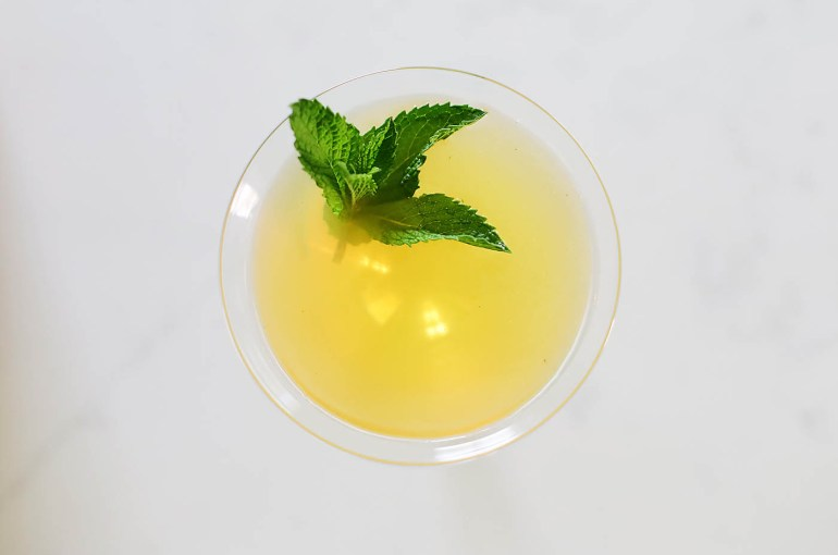 Citrus Rum Tea Cocktail