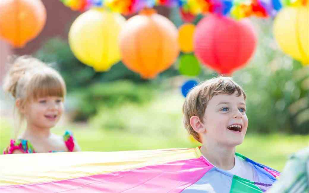 10 Ways to Throw a Cheap but Entertaining Kids Party