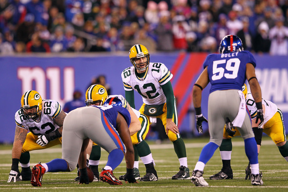 Aaron Rodgers enfrenta a defesa do New York Giants