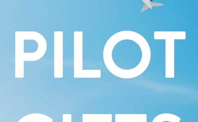 25 Aviation Gift Ideas For Pilots All Gifts Considered