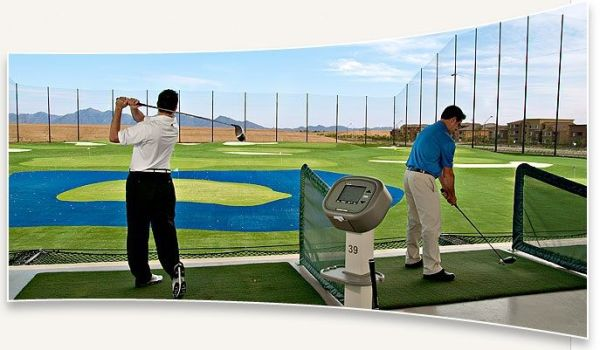 driving range con cesped artificial