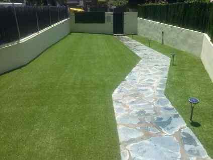 Hierba artificial para jardineria