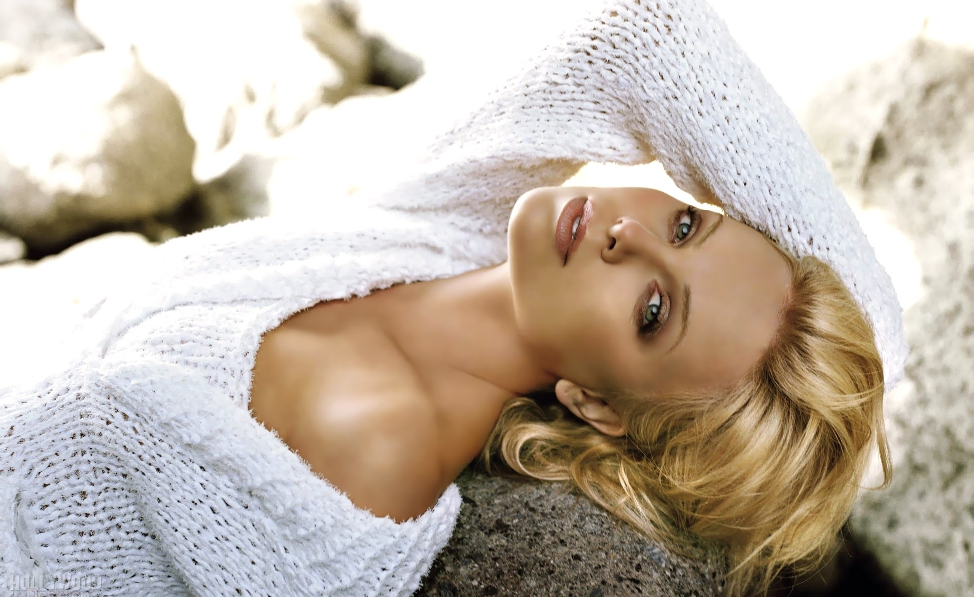 Charlize Theron Wallpaper Iphone Sexy Charlize Theron Hd Wallpapers Pictures All Hd