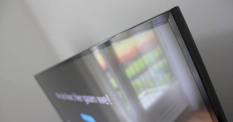 Review-Panasonic-CX740E-design-2