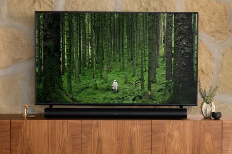 Comparison of five premium soundbars