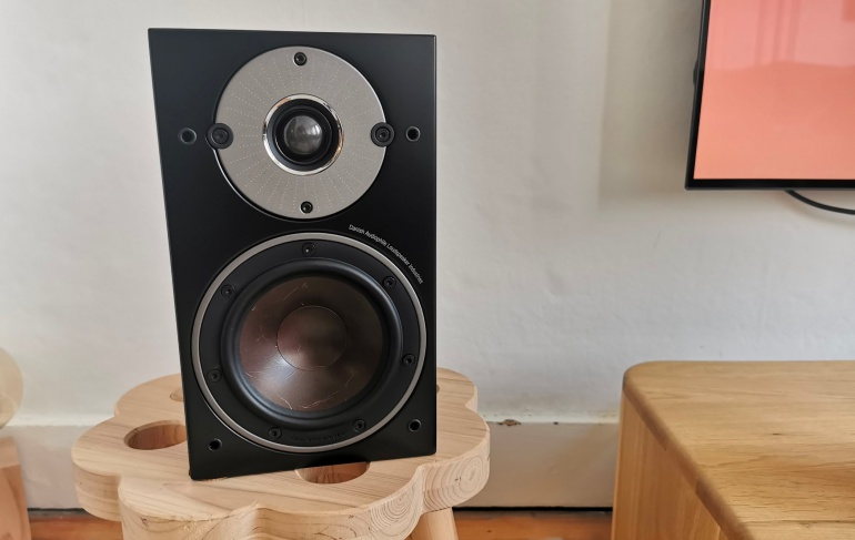 Review: Dali Oberon 1C - Small music speakers that go well with your TV