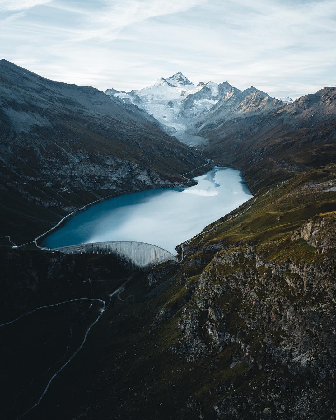 Lac de Moiry drone photo