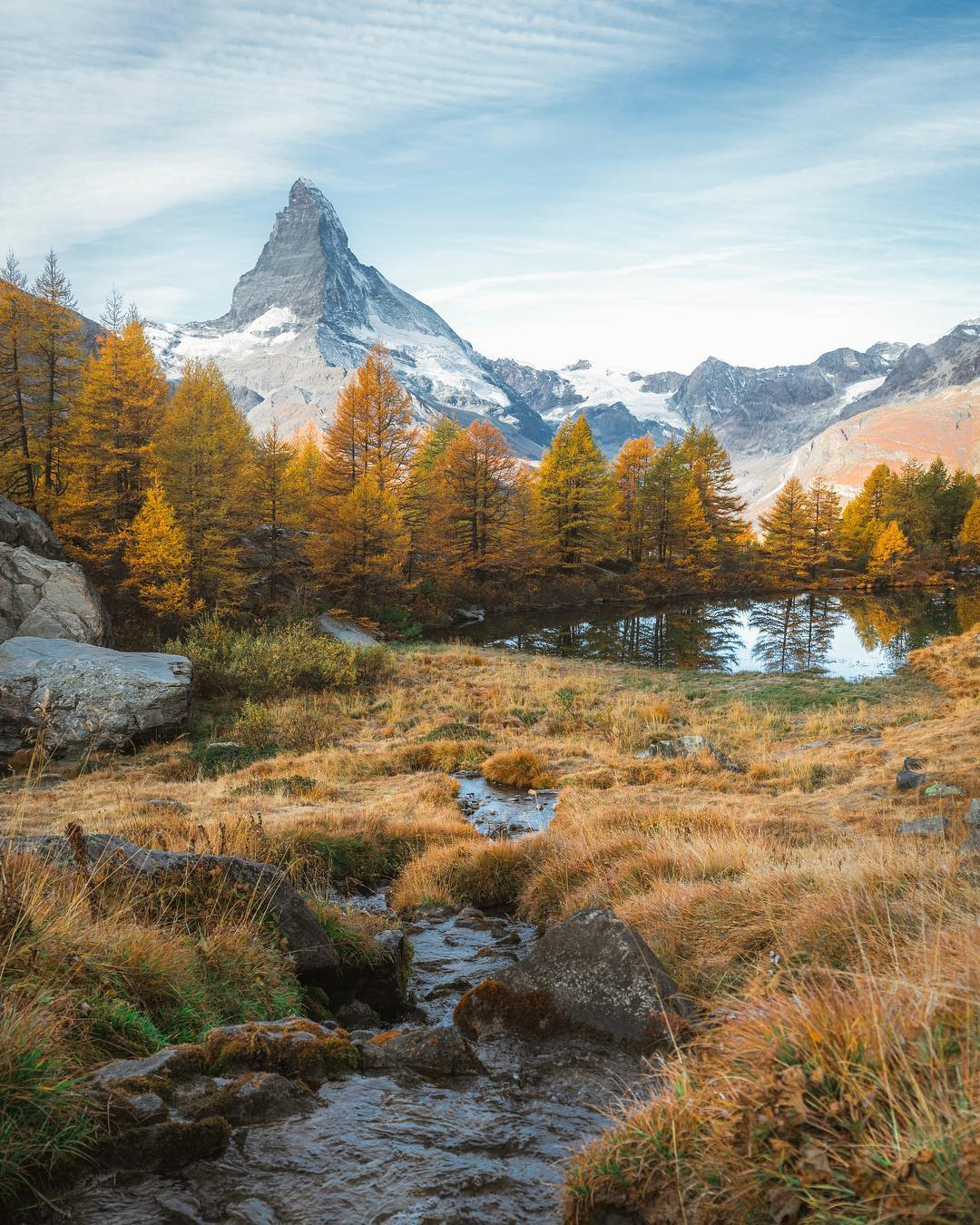 Zermatt 5 Lakes Hike in the fall with yellow larches