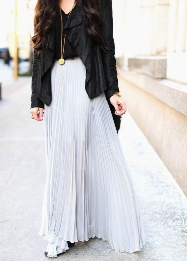 Pleated-Skirt-paleblue