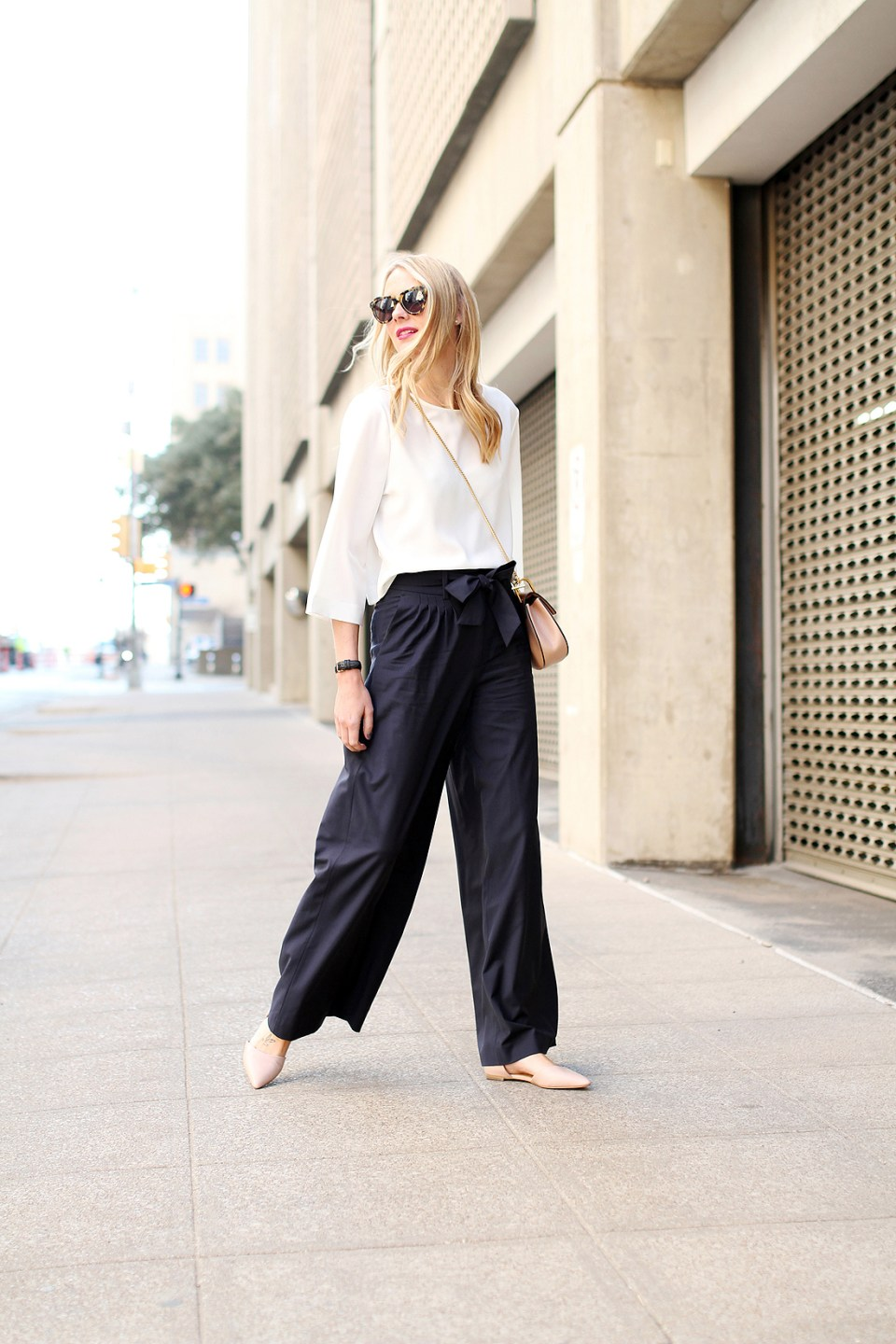 The Wide Leg Pants with Flats Trend—a Super Fashion ...