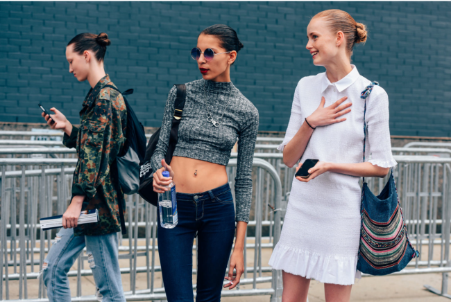 This weekend I met up with fellow blogger Helene of Fashion Over Reason for a session of street style shooting. We had a lovely time in Williamsburg shooting and well shooting the proverbial you know wha