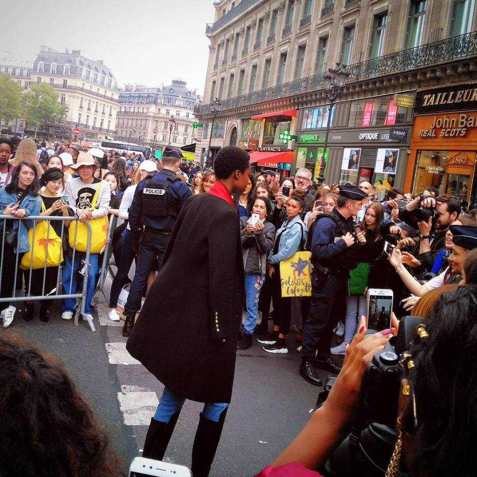 Craziness outside the Balmain show up in Paris for PFWhellip